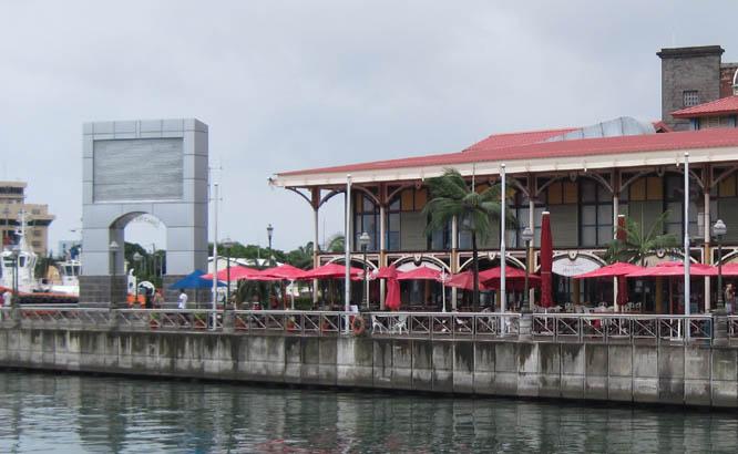 Port louis pailles caudan restaurants l 39 ile maurice - Restaurant port louis ile maurice ...